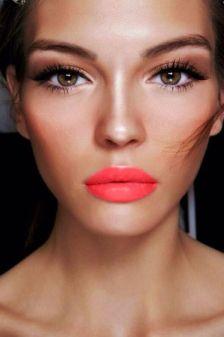 Bright Lips 2