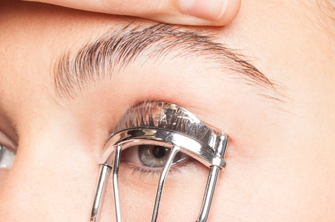 Do You Have A Phobia Of Lash Curlers
