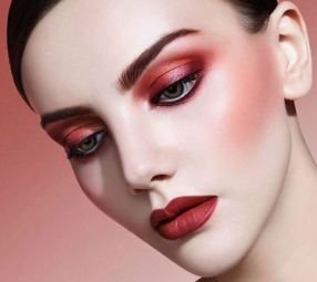 lips, eyes and cheeks - one colour