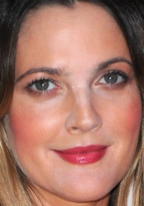 drew-barrymore-covergirl-50th-anniversary-party-2011jpg