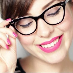 makeup for glasses - eyeliner 2