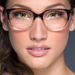 makeup for glasses wearers 2